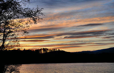 Mill Creek Lake Sun Set Print by Todd Hostetter