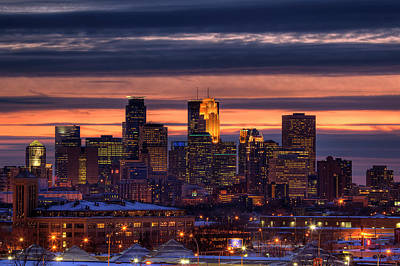 Twins Photograph - Minneapolis Skyline by Shawn Everhart