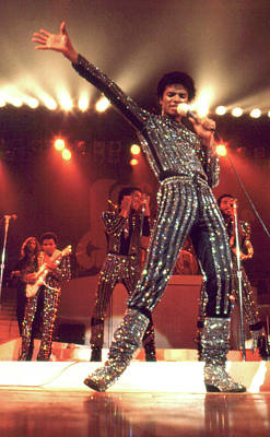 King Of Pop Photograph - Mj And The Jacksons Live In Hawaii 1980 by Lawrence Movera