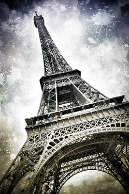 Modern-art Paris Eiffel Tower Splashes Print by Melanie Viola