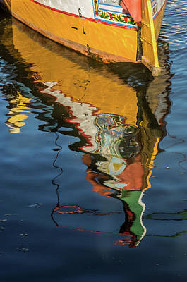 Water Vessels Photograph - Moliceiro Reflection by Carlos Caetano