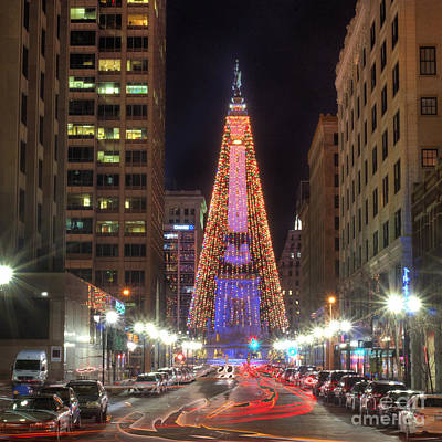 Indianapolis Photograph - Monument Circle by Twenty Two North Photography