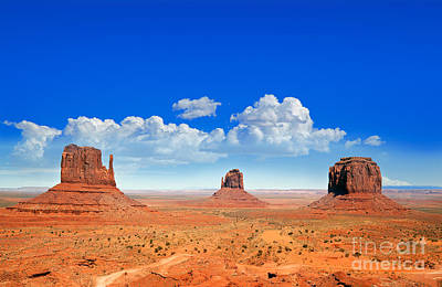 Monument Vally Buttes Print by Jane Rix