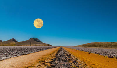 Moonscape Photograph - Moonrise Wyoming by Don Spenner