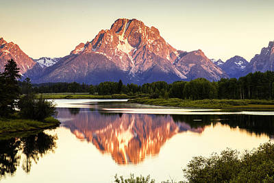 Mountain Photograph - Morning Light At Oxbow Bend by Andrew Soundarajan