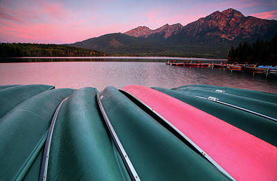 Morning View Of Pyramid Lake In Jasper National Park Print by Mark Duffy