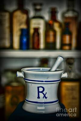 Mortar And Pestle Pharmacy Icon Print by Paul Ward