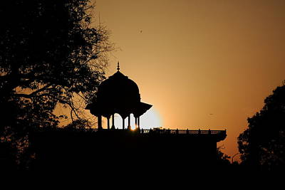 Moti Masjid At Sunset Print by Aidan Moran