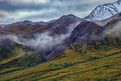 Mountains In The Mist Print by Rick Berk