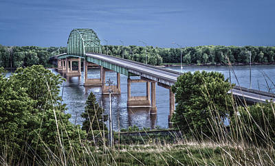 Muscatine Photograph - Muscatine Bridge by Ray Congrove