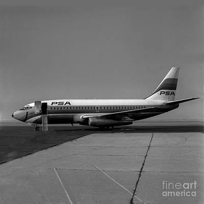 Fixed Wing Multi Engine Photograph - N462gb, Boeing 737-293, Long Beach, California, Lgb by Wernher Krutein