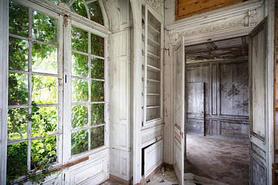 Abandoned Homes Photograph - Nature Closes The Window - Urban Decay by Dirk Ercken