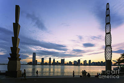 Photograph - New York Hudson River by Juergen Held