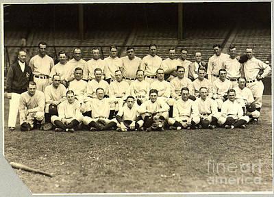 New York Yankees Baseball Team Posed Print by Pg Reproductions