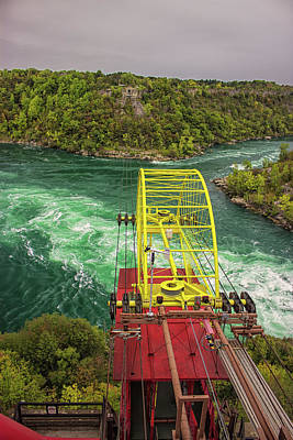Niagara Cable Car Print by Martin Newman