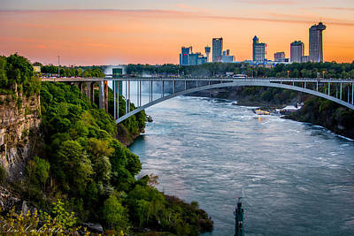 Carlos Ruiz Painting - Niagara Falls Skyline And Gorge by Carlos Ruiz
