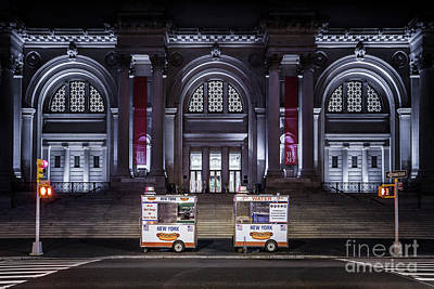Hot Dog Stands Photograph - Night At A Museum by Evelina Kremsdorf