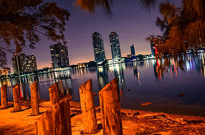 Miami Skyline Mixed Media - Night Clam And Clear Moment by Eduardo Olivera
