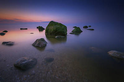 Night Falls On Long Island Sound Print by Rick Berk
