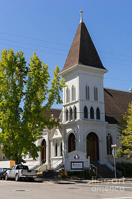 Old Christ Church Photograph - North Bay Revival Center Church Petaluma California Usa Dsc3791 by Wingsdomain Art and Photography