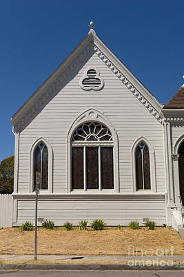 Old Christ Church Photograph - North Bay Revival Center Church Petaluma California Usa Dsc3794 by Wingsdomain Art and Photography