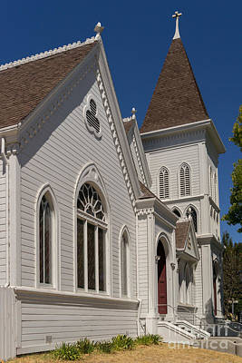 Old Christ Church Photograph - North Bay Revival Center Church Petaluma California Usa Dsc3818 by Wingsdomain Art and Photography