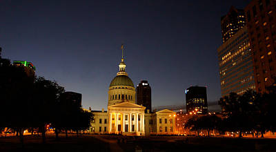 Old Courthouse In Downtown St. Louis. Print by Art Spectrum