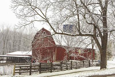 Red Barn In Winter Photograph - Old Historic Barn by Karen Salyer