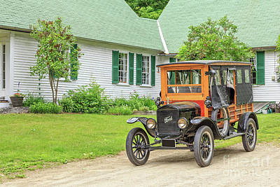 Horseless Carriages Photograph - Old Model T Ford In Front Of House by Edward Fielding