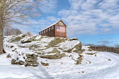 Old New England Barn In Winter Print by Bill Wakeley