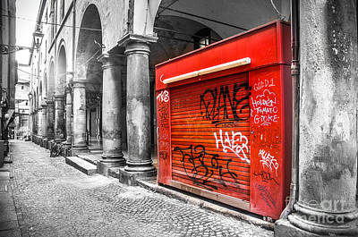 Gravure Photograph - Old Newsstand Closed In Bologna Canvas - Technique Of Selective Color -  Black And White Only Red by Luca Lorenzelli