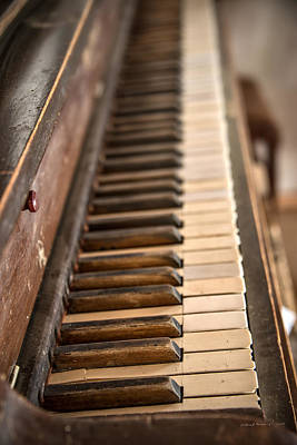 Old West Photograph - Old Piano by Leland D Howard