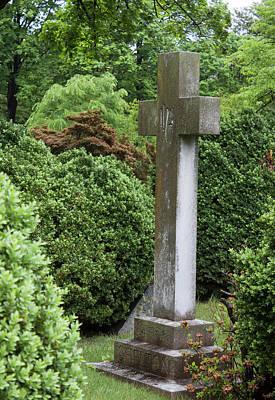 Old Salem Cemetery Cross - Winston Salem Series Original by Suzanne Gaff