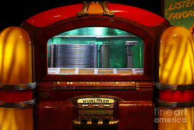 Old Machines Photograph - Old Vintage Wurlitzer Jukebox . 7d13100 by Wingsdomain Art and Photography