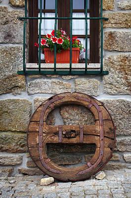 Old Wooden Wheel Print by Carlos Caetano