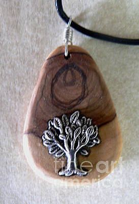 Olive Wood Necklace Original by Eric Kempson