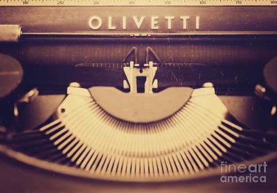 Olivetti Photograph - Olivetti Typewriter by Giuseppe Esposito