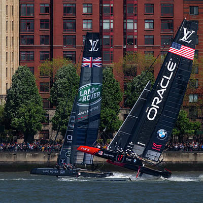 Water Skippers Photograph - Oracle Team Usa Nyc by Susan Candelario
