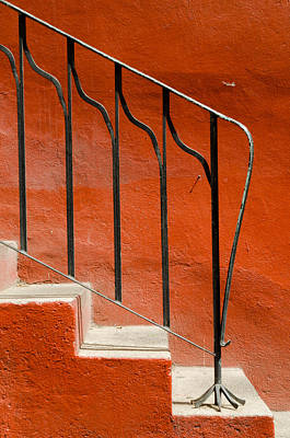 Getty Photograph - Orange Wall And Steps. by Rob Huntley
