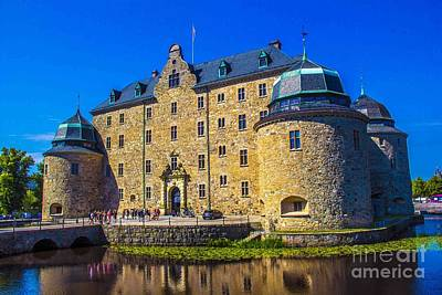 Orebro Photograph - Orebro Castle by Roberta Bragan