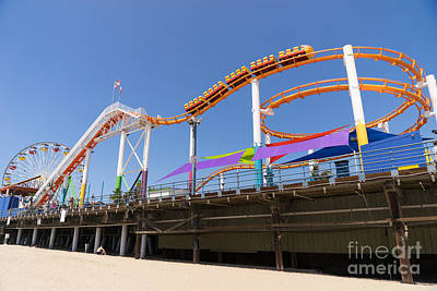 Rollercoaster Photograph - Pacific Park At Santa Monica Pier In Santa Monica California Dsc3699 by Wingsdomain Art and Photography