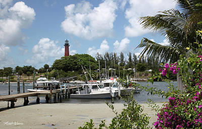 Jupiter Inlet Photograph - Painted Red Around 1910 Jupiter Inlet Lighthouse Florida by Michelle Wiarda