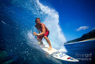 Pancho Makes The Wave Print by Vince Cavataio - Printscapes
