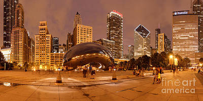 Panorama Of Anish Kapoor Cloud Gate Aka The Bean At Millenium Park - Chicago Illinois Print by Silvio Ligutti