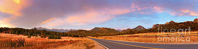 Panorama Of Estes Park Continental Divide And Lumpy Ridge - Rocky Mountains National Park Colorado Print by Silvio Ligutti