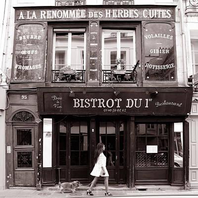 Paris Street Life 2b Print by Andrew Fare