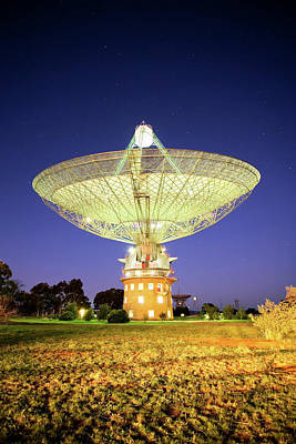 Built Structure Photograph - Parkes Radio Telescope by Yury Prokopenko