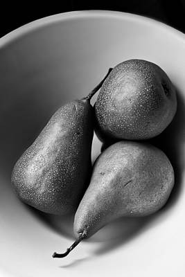 Pears In A Bowl In Black And White  Print by Maggie Terlecki