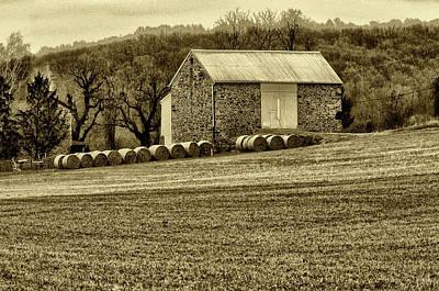 Pennsylvania Barn Print by Bill Cannon