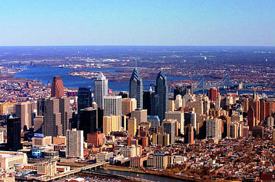 Philadelphia Skyline Photograph - Philadelphia Skyline 2005 by Duncan Pearson